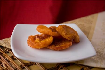 Dried Peaches (25 Pound Case)