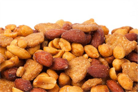 Honey Roasted Crunchy Snack Mix (25 Pound Bag)