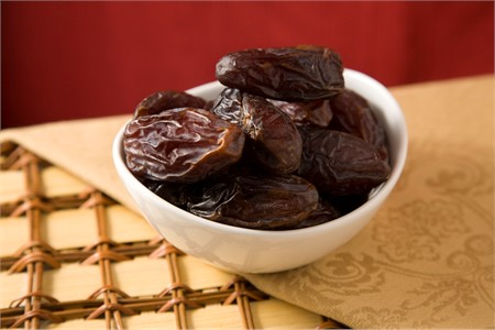 Jumbo Medjool Dates (25 Pound Case)