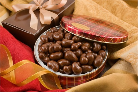 10oz Milk Chocolate Covered Cashews