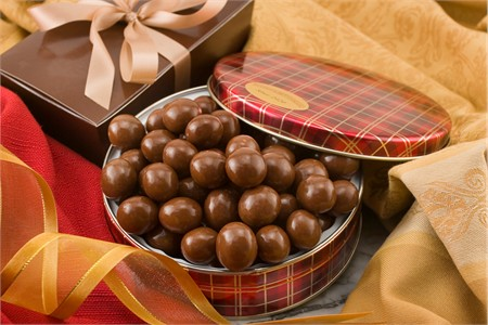10oz Milk Chocolate Covered Macadamias