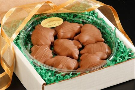Milk Chocolate Pecan Caramel Turtles Gourmet Tray