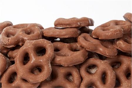 Milk Chocolate Pretzels (14 oz Bag)