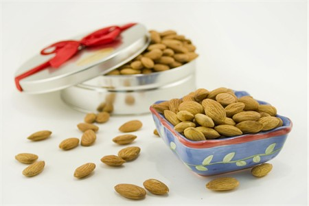 "Natural ""Raw"" Jumbo Almonds Gift Tin"