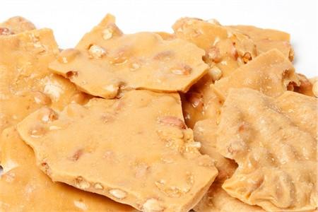 Peanut Brittle (25 Pound Case)