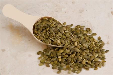 Raw Pepitas / No Shell Pumpkin Seeds (4 Pound Bag)
