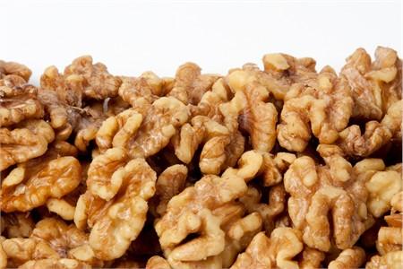 Roasted Walnuts (1 Pound Bag)