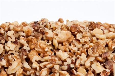 Raw Walnut Medium Pieces - Syrupers (1 Pound Bag)