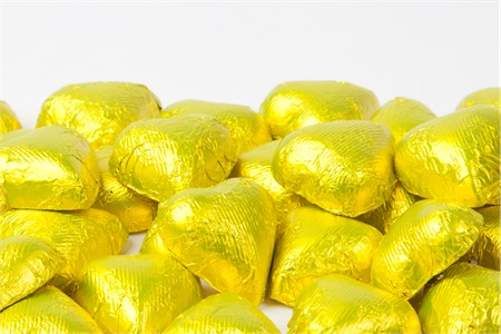 Yellow Foiled Milk Chocolate Hearts (25 Pound Case)