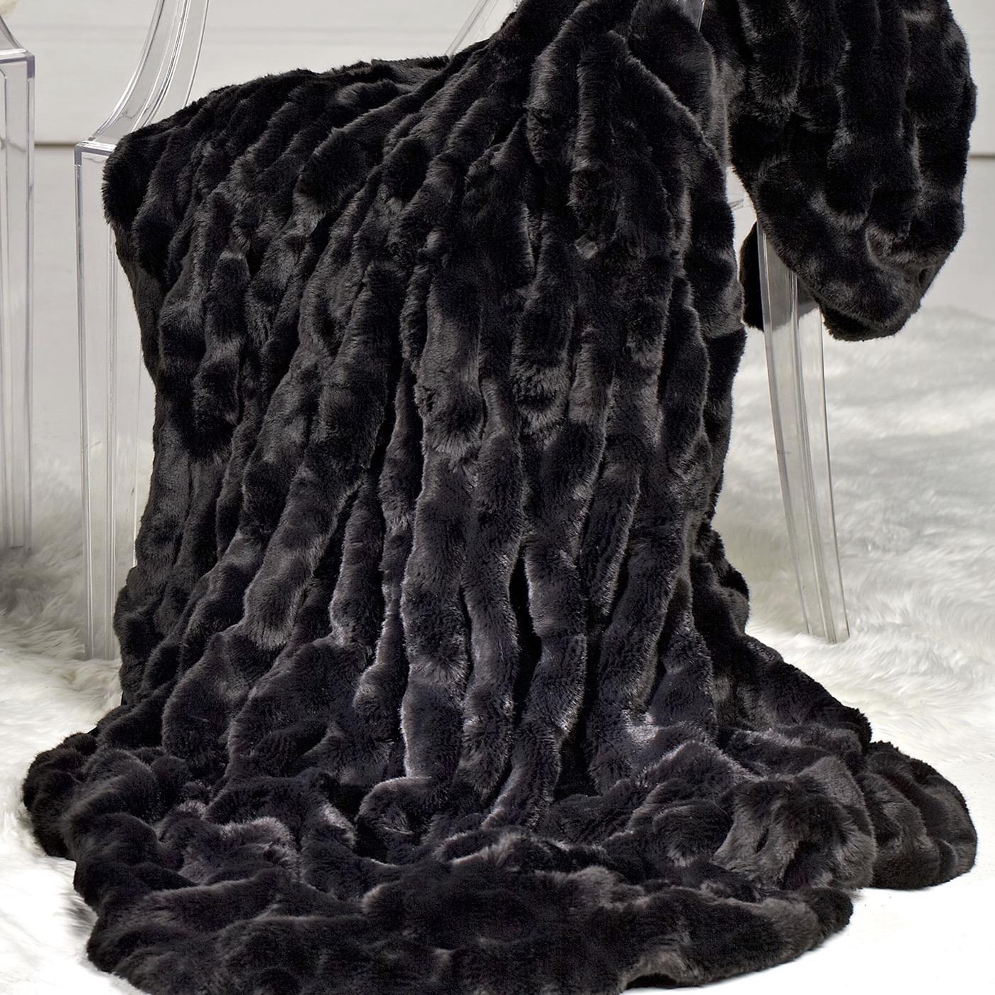 "Ruché ""Fur"" Throw | Black Mink"