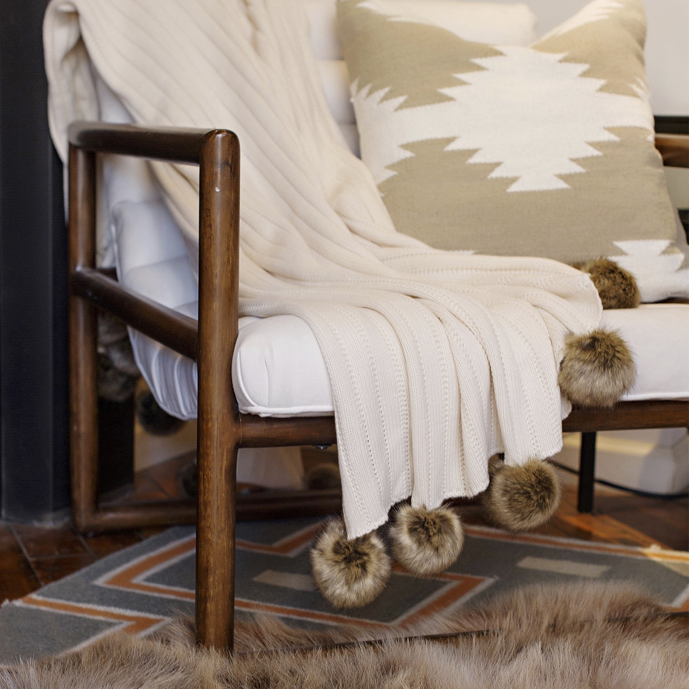 Chalet Knit Throw | Ivory