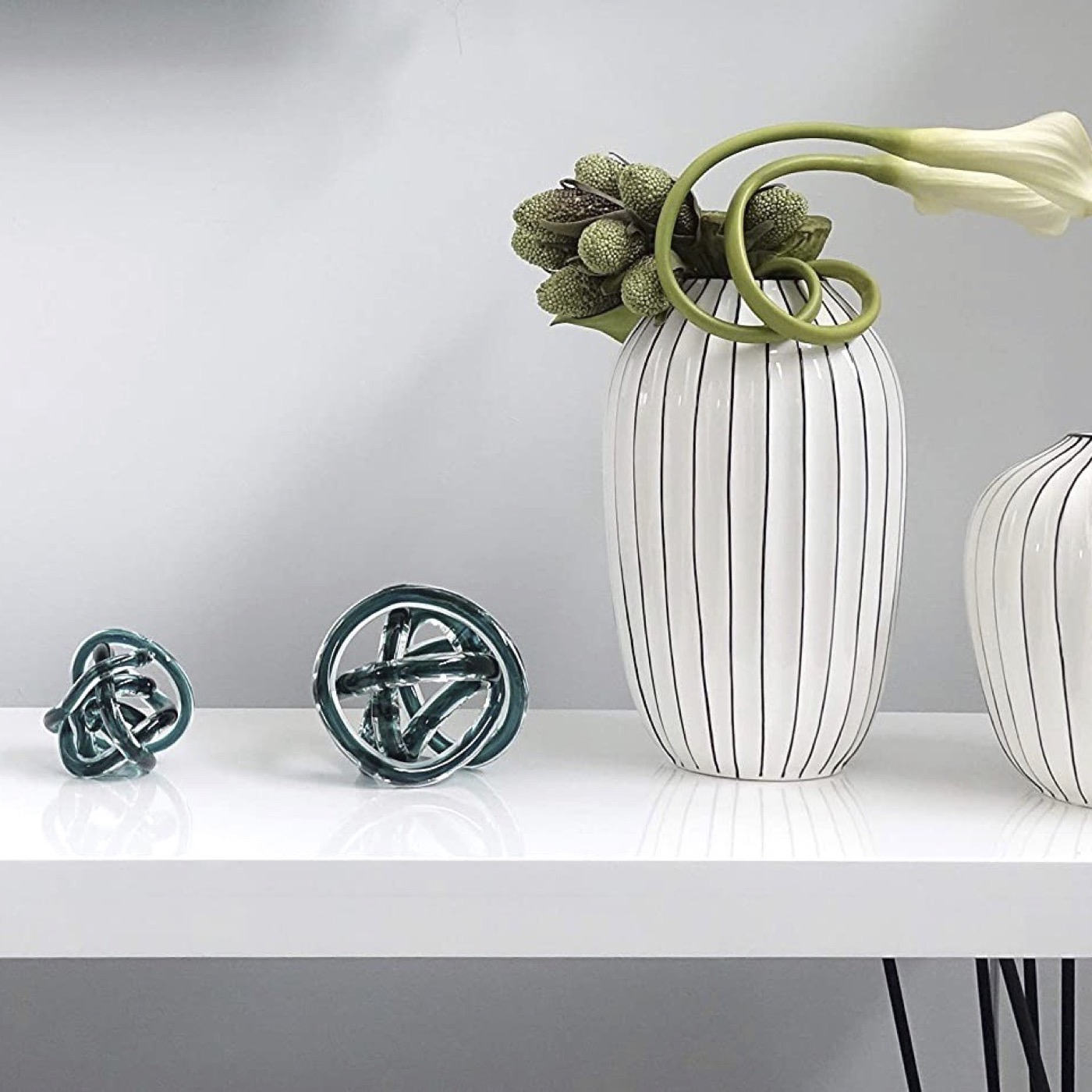 Entwined Glass Orb   Teal