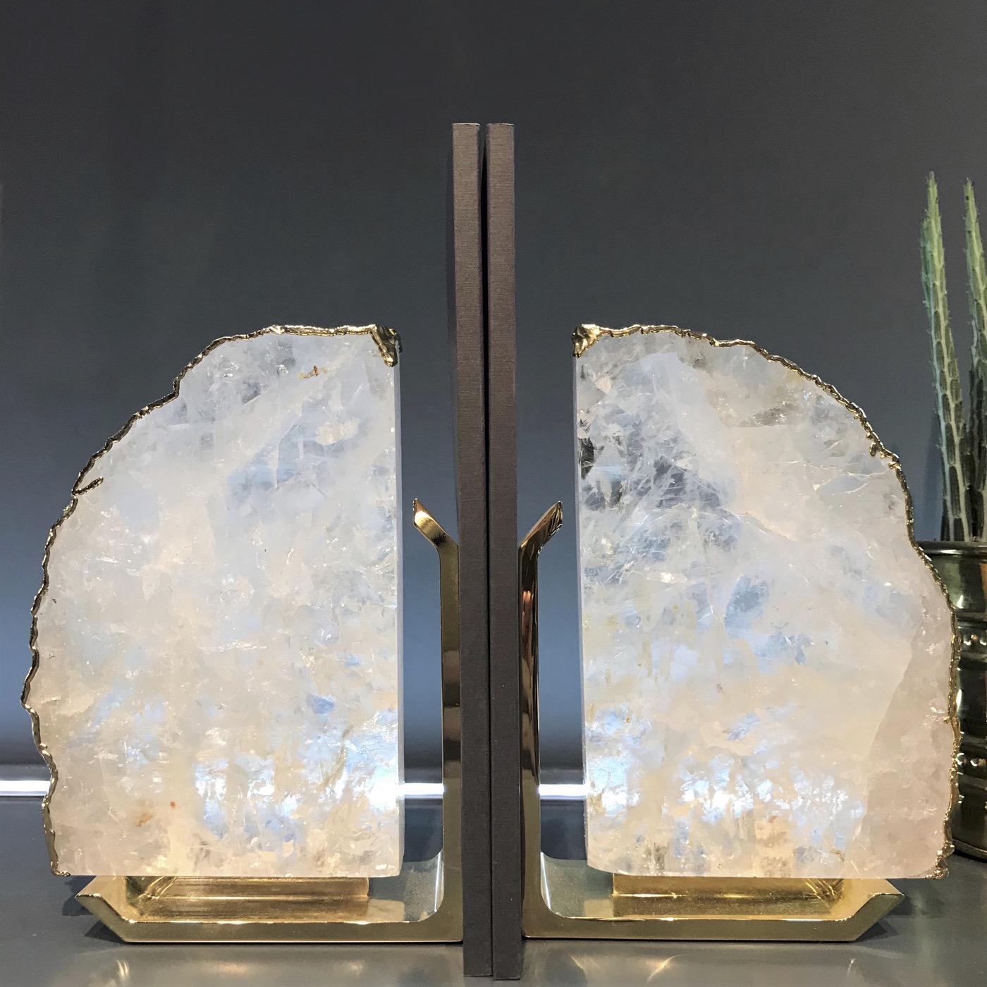 Caverna Bookends | Crystal & Gold