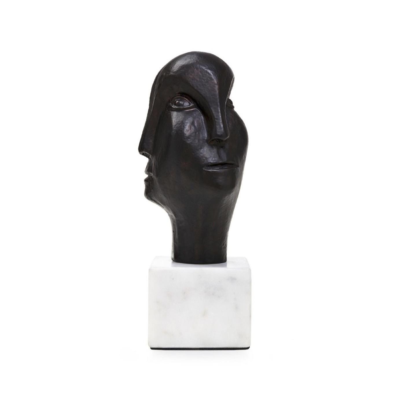 Akira Visage Statue