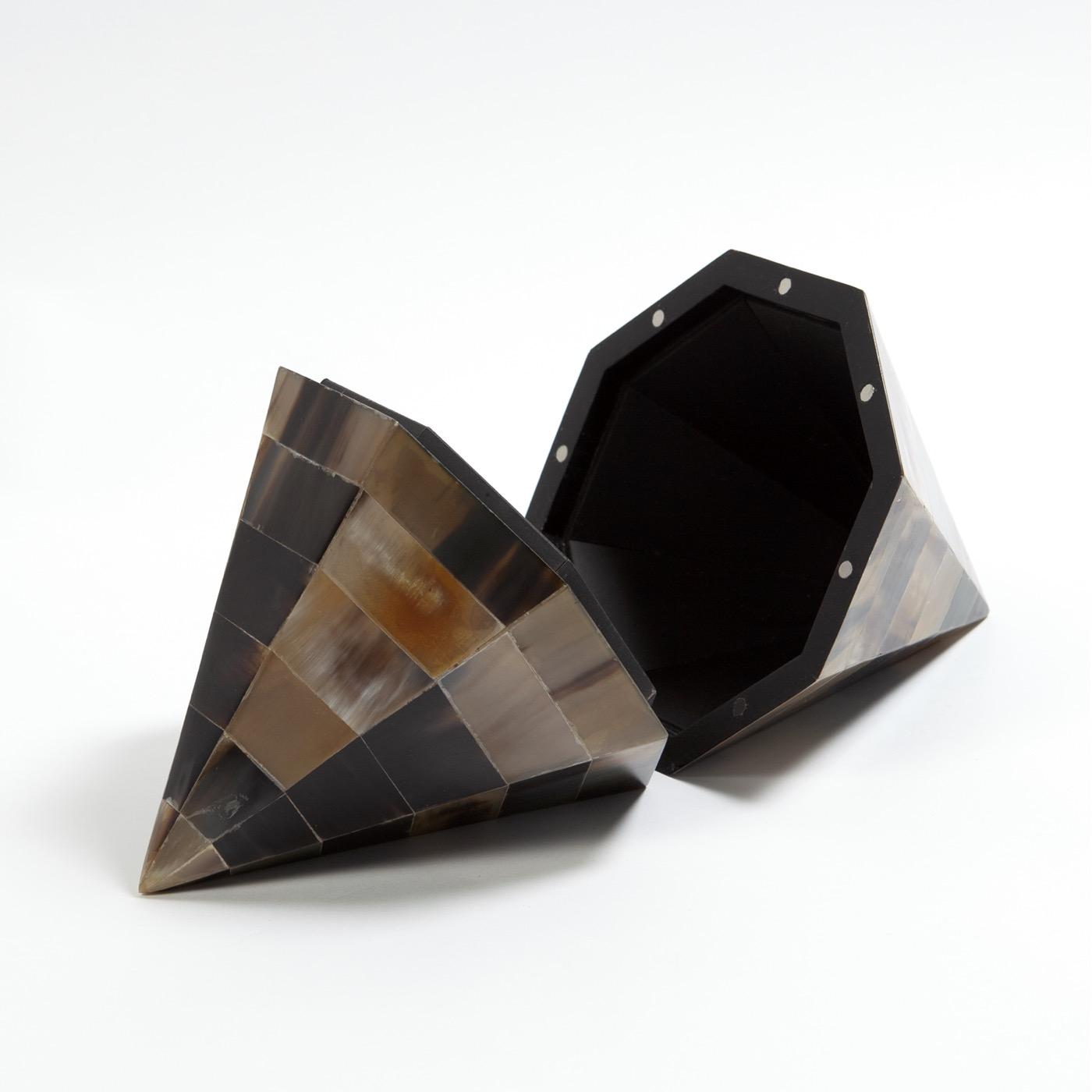 Zeno Geometric Box | Horn
