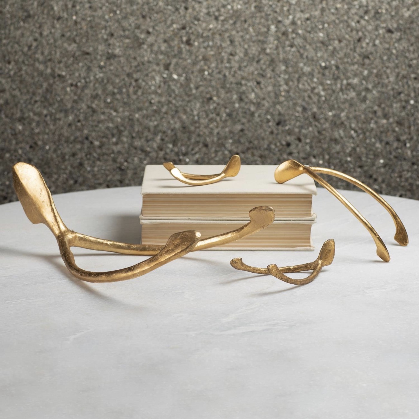 Deseo Sculptures | Gold