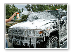 The foamy layer of lubrication provides you with a safe way to wash your vehicle.
